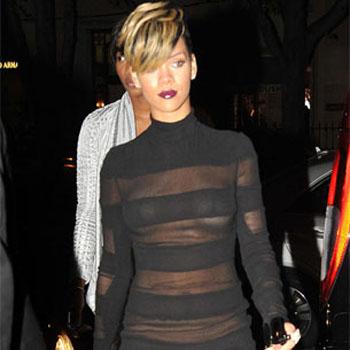 Rihanna sin ropa interior el clar n diario venezolano for Rihanna sin ropa interior