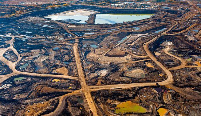 Zona de Tar-rica en Alberta, Canadá destruida por desechos mineros y tóxicos