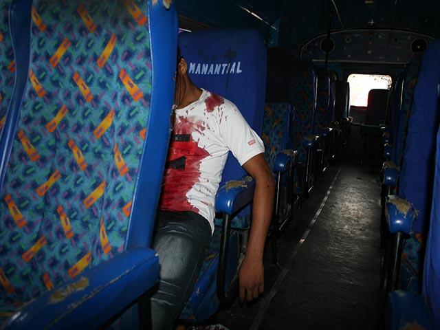 El cuerpo quedó dentro del autobús