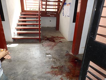 En la planta baja del edificio L40 Manzana 5, cayó mortalmente herido el extorsionador