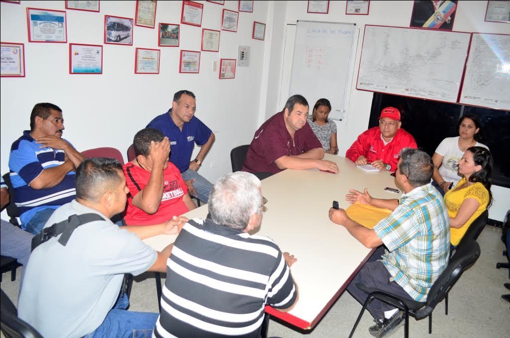 Reunión gobierno del municipio bolivar y san mateo
