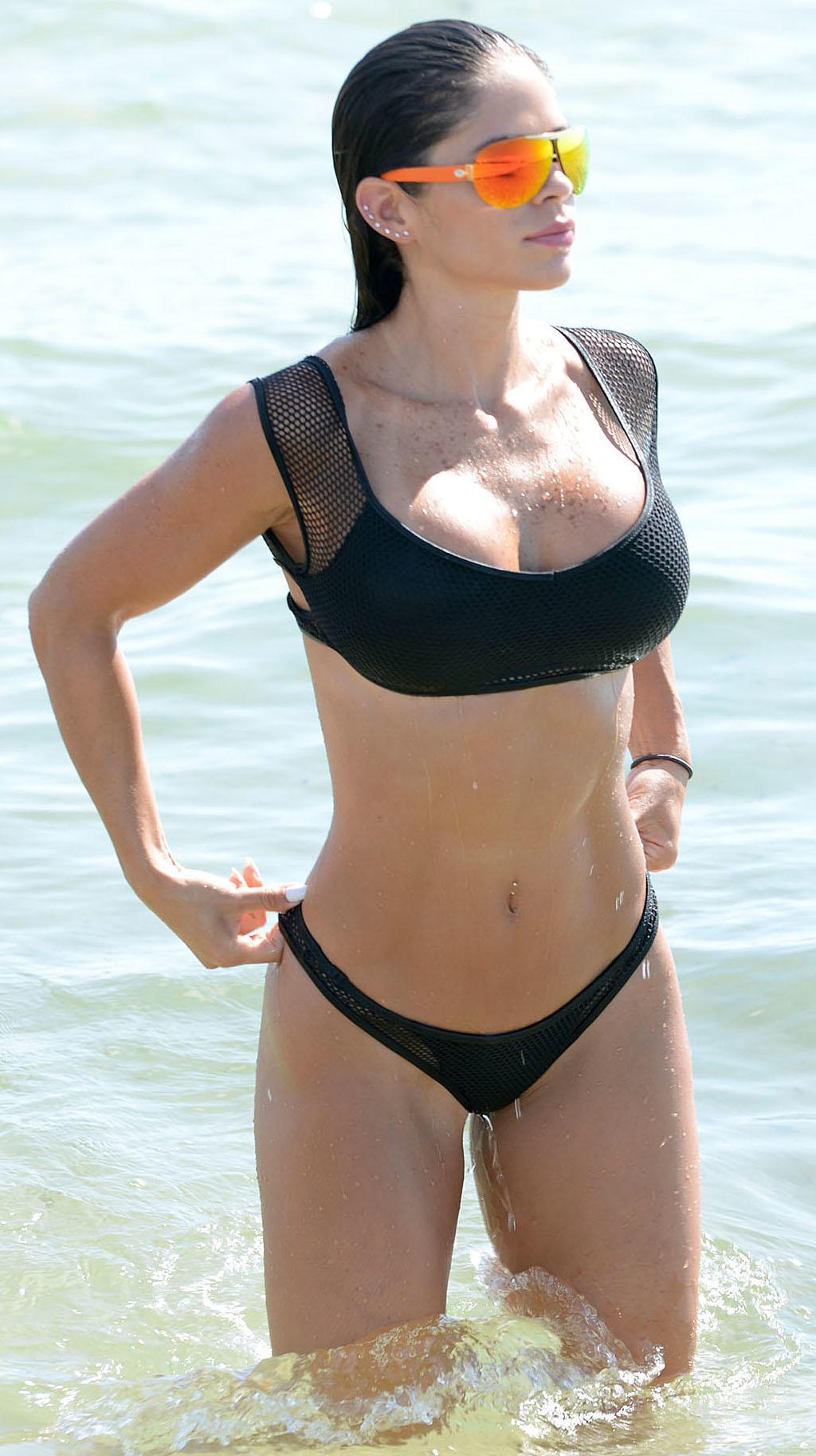 Michelle-Lewin-South-Beach-7