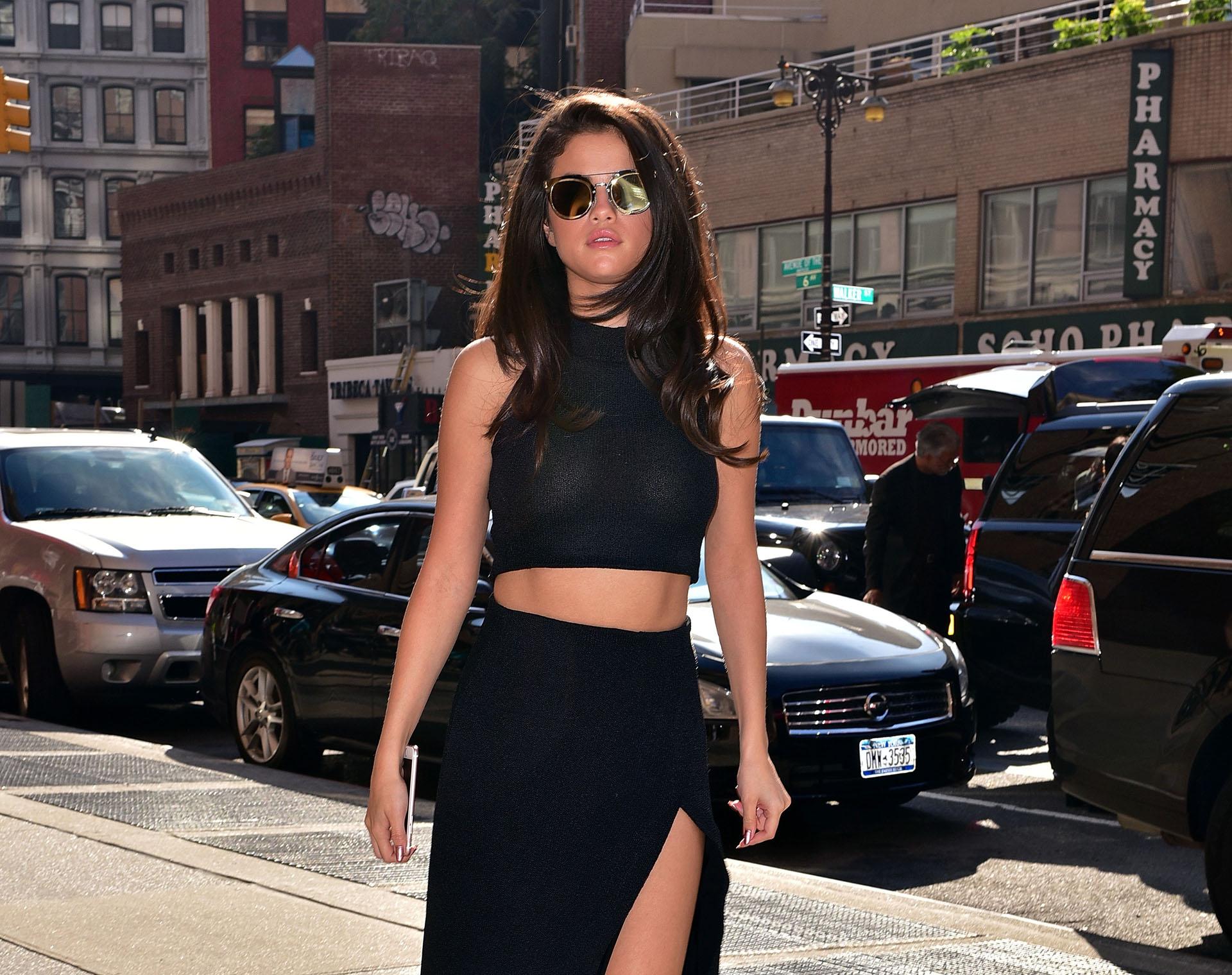 Selena-Gomez-NYC-1