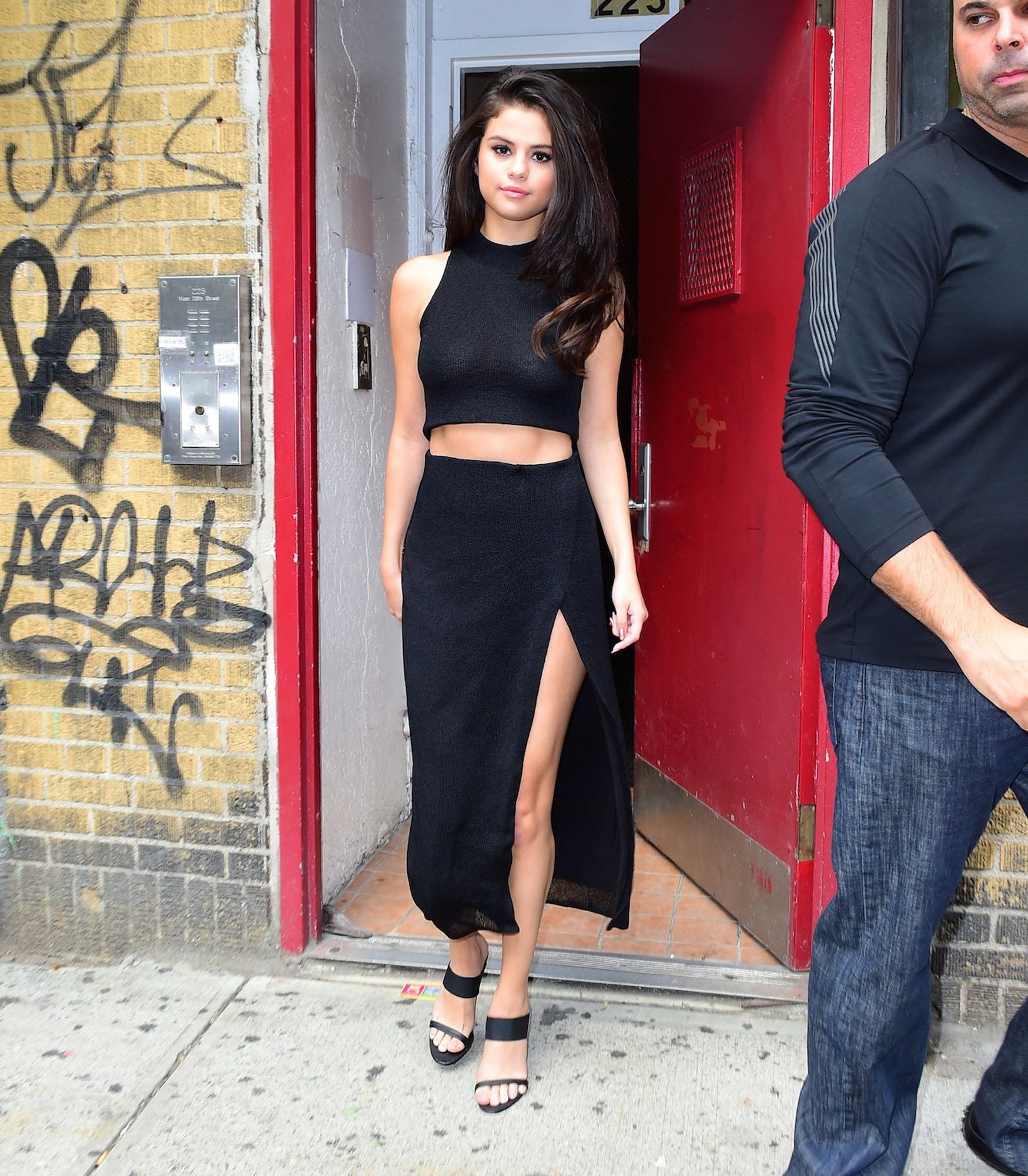 Selena-Gomez-NYC-3