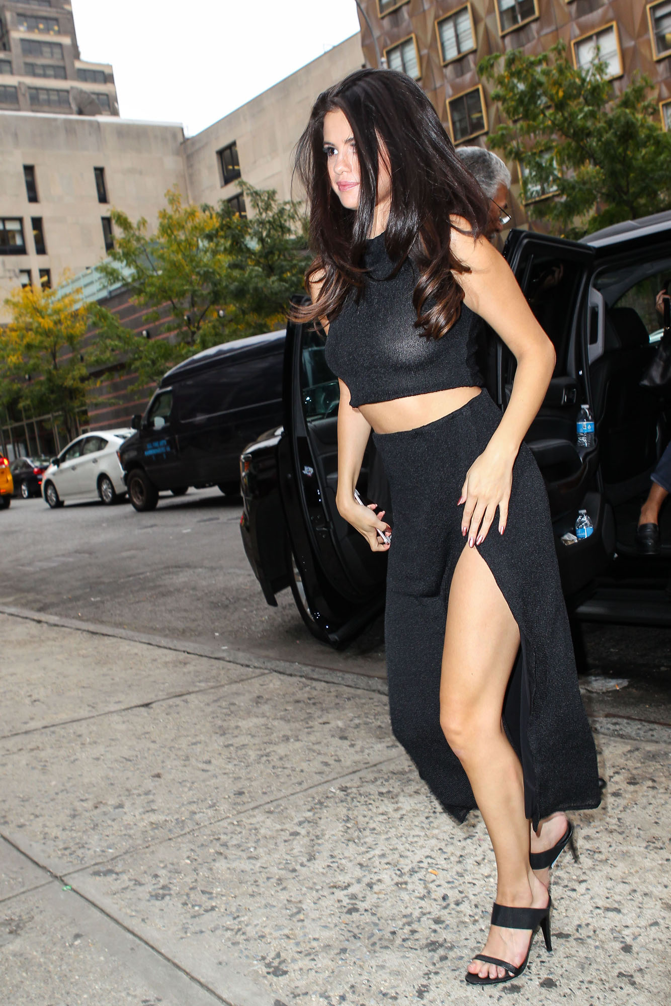 Selena-Gomez-NYC-4