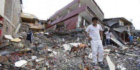 Decomisaron media tonelada de droga en zona de terremoto en Ecuador