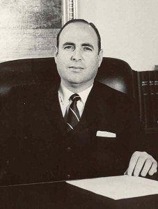 Rector Ernesto Mayz Vallenilla