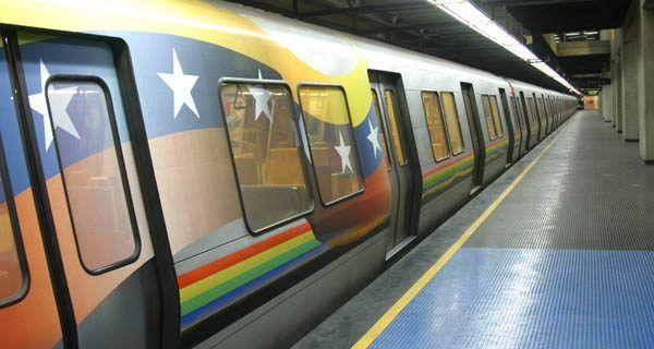 Metro de Caracas inicia plan para evitar economía informal en los trenes