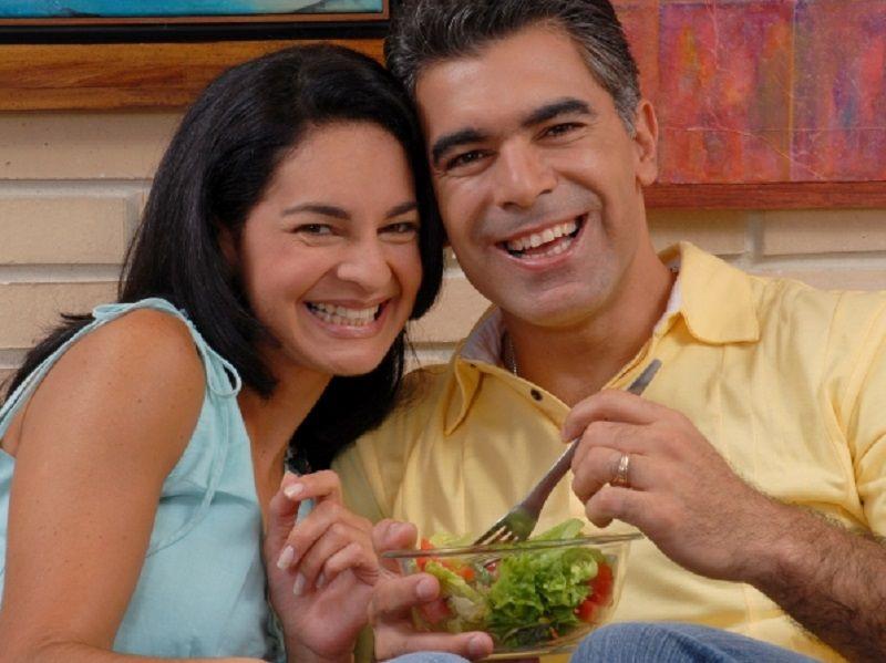 10 alimentos que ayudan a la fertilidad masculina el clar n diario venezolano de la regi n - Alimentos fertilidad masculina ...