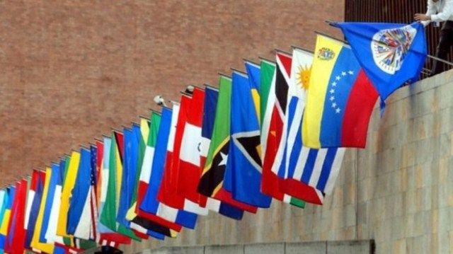12 países instan al diálogo en Venezuela