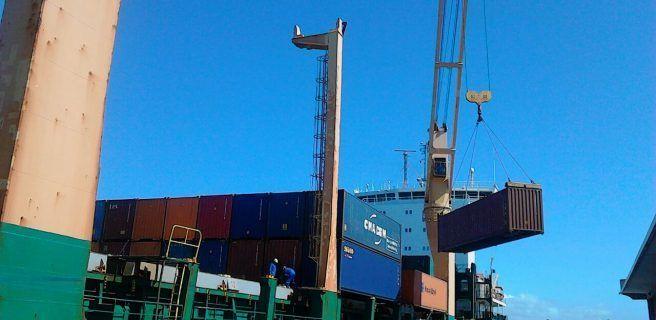 3 mil toneladas de alimentos arribaron al Puerto Internacional El Guamache