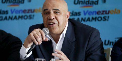 """MUD espera que mediadores propongan diálogo con """"compromiso"""""""