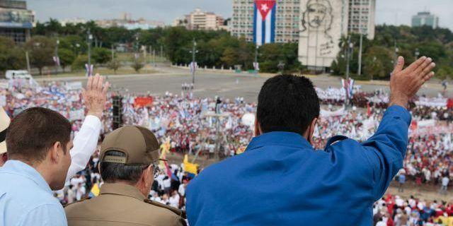 Maduro felicita al pueblo cubano por 58 aniversario del triunfo de la revolución