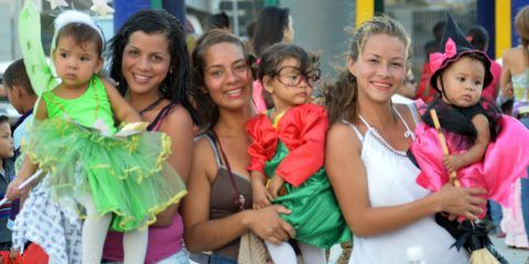 Carnavales Infantiles colmaron Paseo de La Juventud