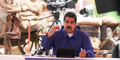 """Maduro dice que estrategia """"chavista"""" para ganar elecciones se agotó"""