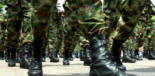 Abortan revuelta militar