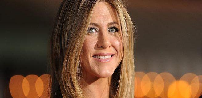 Jennifer Aniston interpretará a una ex reina de belleza en serie de Disney
