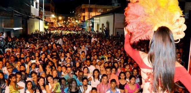 Impresionante cierre de Carnaval en Las Tejerías