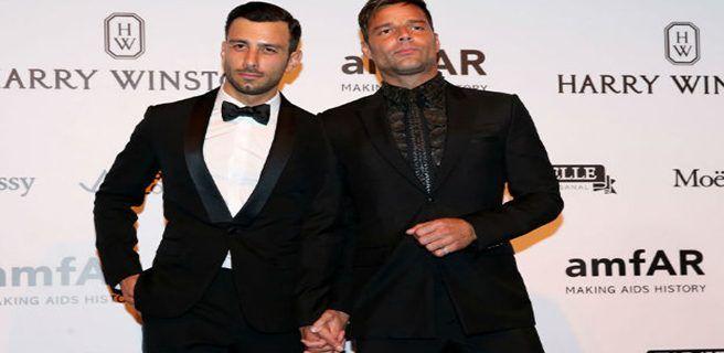Ricky Martin posterga boda con su novio