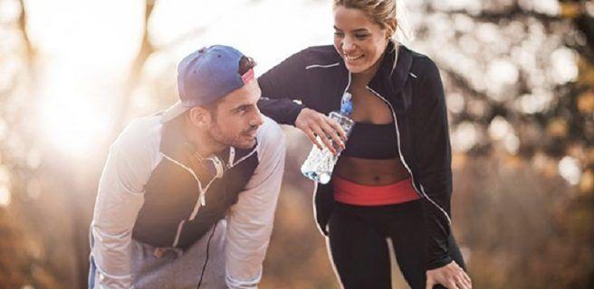 Cinco beneficios de llevar una vida fitness con tu pareja