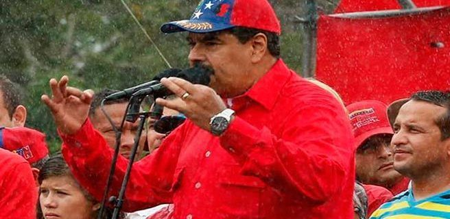 Maduro pide prudencia al usar celulares