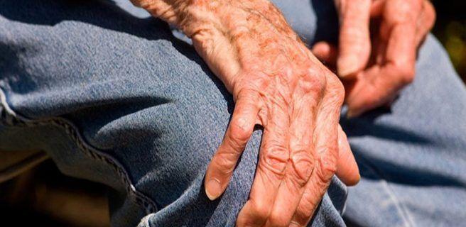 Descubren un posible mecanismo para frenar la progresión del Parkinson