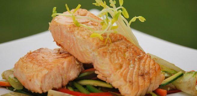 El pescado siempre es una opción saludable. Prueba esta receta