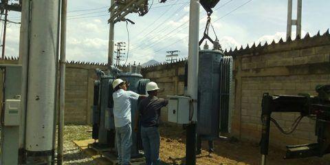 Corpoelec instaló 3 reguladores de tensión en subestación Los Tanques