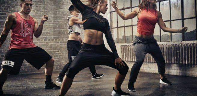 Las clases grupales son la mejor opción para mantener un estilo fitness