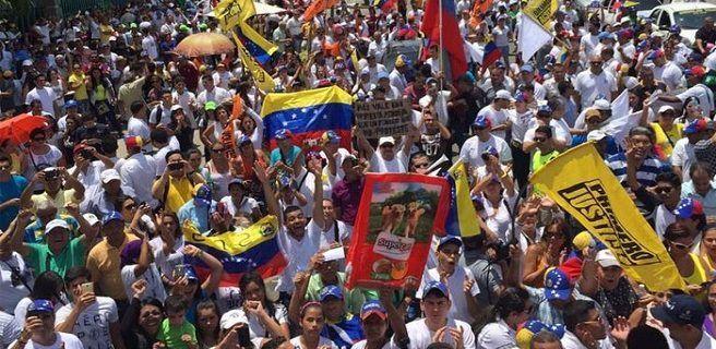 Oposición vuelve a las calles de Caracas