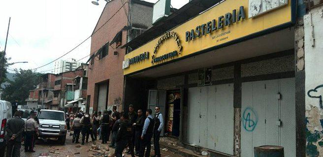 Disturbios en El Valle dejan al menos 10 muertos