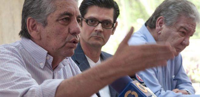 Rechazan destitución del alcalde Alfredo Ramos