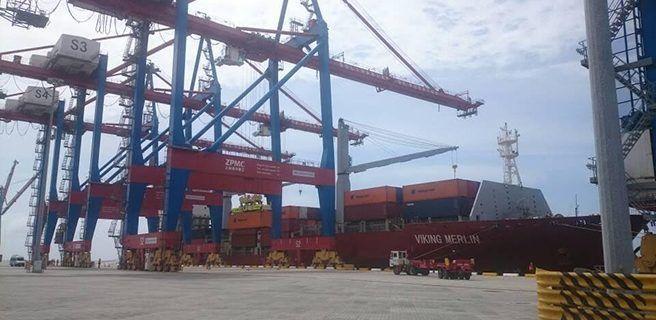 Más de diez mil toneladas de alimentos arribaron al Puerto de La Guaira