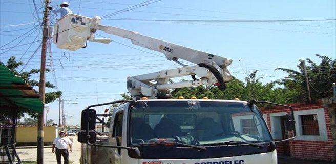 Corporelec llevará a cabo labores de poda e instalación de redes