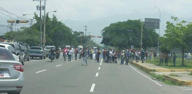 Detienen a seis GNB por haber atacado a tiros a estudiantes de la UPEL