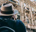 ONG te paga 2.500 euros al mes por viajar por todo el mundo