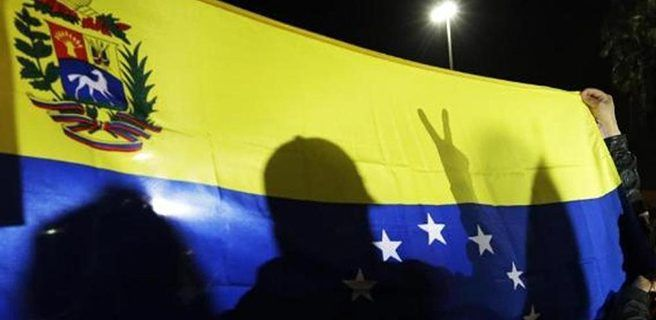 Venezolano en primera fila de Fátima pide por libertad para su país
