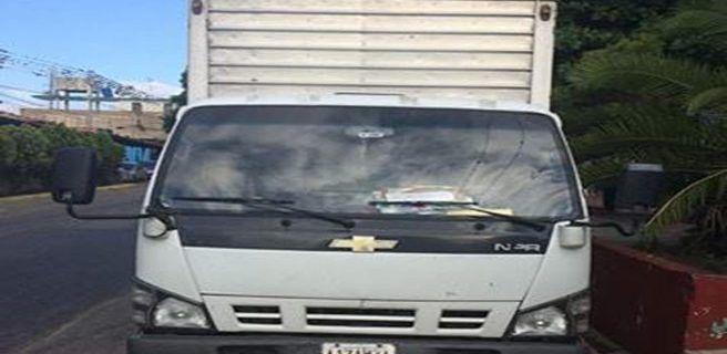 Recuperado camión con chofer herido