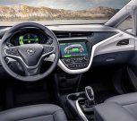 Opel presenta vehículo eléctrico que permite recargar las baterías