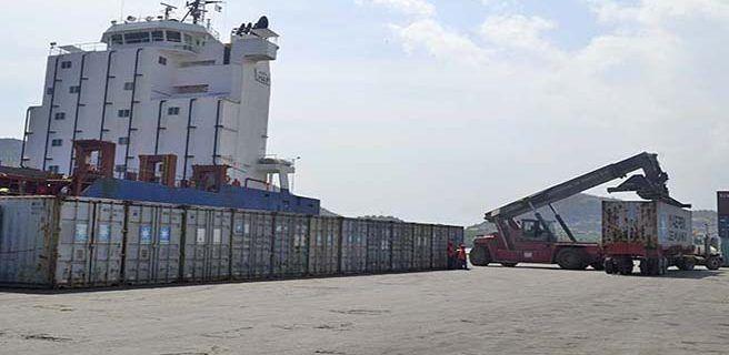 Más de 3.000 toneladas de alimentos arribaron al país