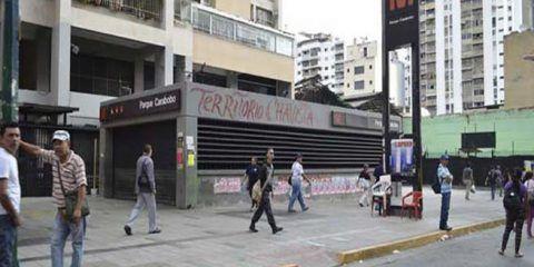 Metro de Caracas suspende sevicio en estación Parque Carabobo