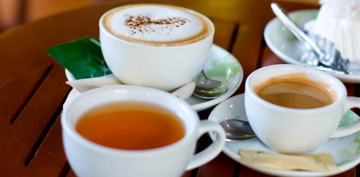 Para el hígado, el café o el té, no parecieran tan malos