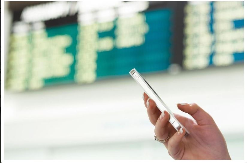 Un móvil y el uso de datos mediante el roaming