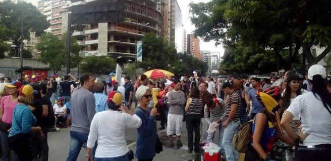 Oposición se concentra a 100 días de protestas