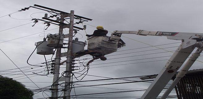 """Robacables"" se electrocutó en un poste"
