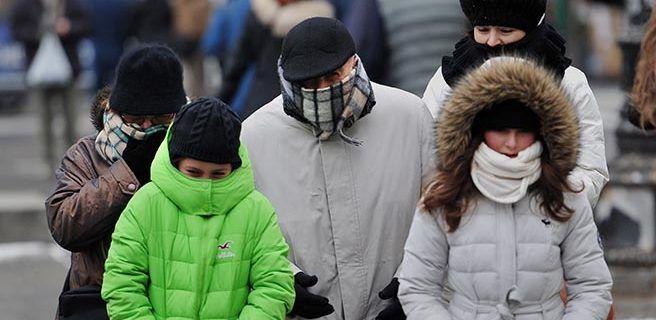 Dos muertos por ola de frío que afecta destinos turísticos en Argentina