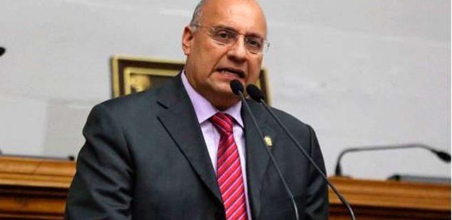 Oposición invita a diputados extranjeros a observar consulta sobre Constituyente
