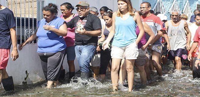 Evalúan posibles daños por la crecida del río Turmero en Paraparal