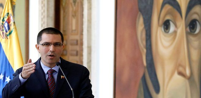 Arreaza se reunió con encargado de negocios de EEUU