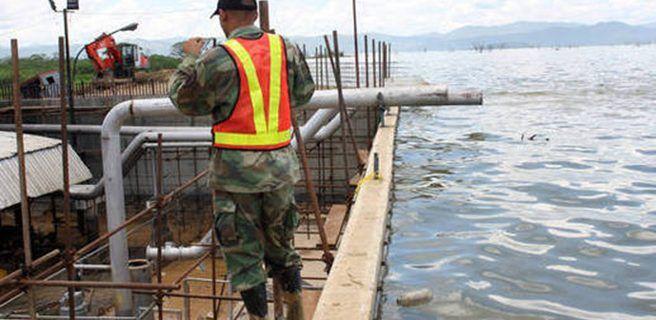 Grietas en el muro de contención genera alarma al Sur de Maracay